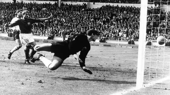 Tilkwoski esteve na final do Mundial de 1966 e sofreu um golo que ainda hoje suscita dúvidas