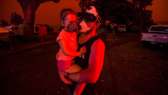 Os fogo da Austrália já provocaram 27 mortes e a 2131 casas destruídas