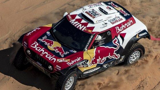 A 42.ª edição do Rali Dakar termina esta sexta-feira, com a última especial a ligar Haradh a Qiddiya, com 447 quilómetros, 374 deles cronometrados