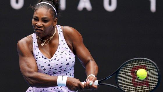 Serena vai enfrentar na segunda ronda a vencedora do encontro entre a eslovena Tamara Zidansek e a sul coreana Na-Lae Han. Já Osaka vai defrontar a chinesa Saisai Zheng