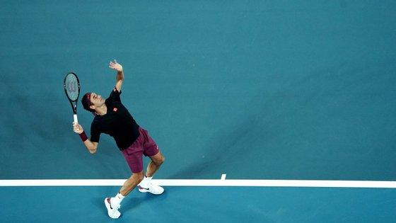 Federer, terceiro no rankingATP, venceu o norte-americano pelos parciais 6-3, 6-2, 6-2
