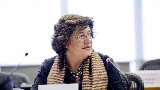 Ana Gomes defende que o PS tem de encontrar um candidato para a Presidência da República, embora seja quase certo que Marcelo irá ganhar