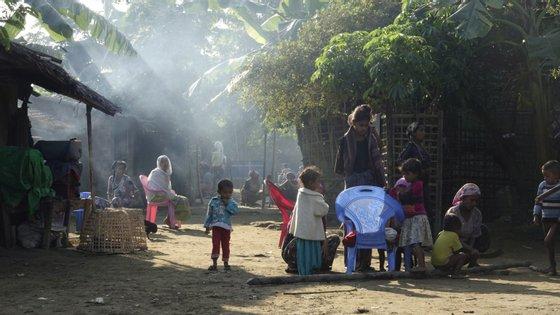 """Myanmar deve garantir a responsabilidade pelas """"violações repugnantes de direitos humanos cometidas por algumas das suas forças militares e de segurança"""", afirmou o Alto Representante para a Política Externa da UE"""