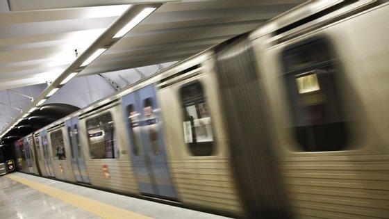 Adjudicação foi aprovada esta sexta-feira na sequência do concurso público internacional lançado em setembro de 2018, ganha pelo Agrupamento Stadler Rail Valencia, S.A.U./ Siemens Mobility Unipessoal, Lda