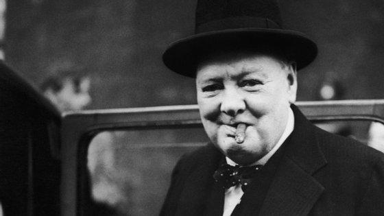 Winston Churchill foi o chefe do governo britânico de 1940 a 1945 e de 1951 a 1955
