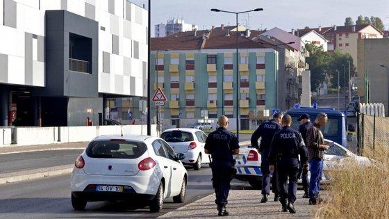 """Auditoria sinalizou que as forças de segurança em Portugal têm """"falta de conhecimento"""" sobre os contextos sociais onde operam"""