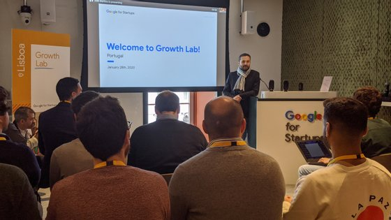 Bernardo Correia, responsável da Google para Portugal, foi o primeiro orador no evento de apresentação do StartUps Growth Lab