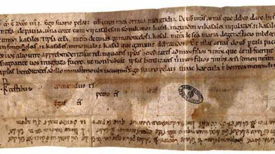 Um lista de dívidas de 1175 é o documento escrito em português mais antigo que se conhece