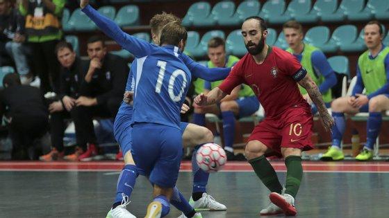 A equipa esteve a perder até aos dois últimos minutos, mas Bruno Coelho, aos 39, e Cardinal, aos 40, conseguiram empatar