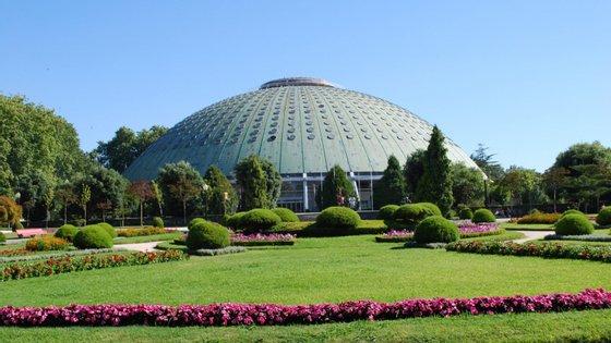 A Galeria Municipal do Porto localiza-se nos Jardins do Palácio de Cristal