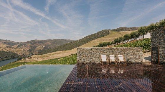 Uma das maiores e mais antigas quintas do Douro abriu um hotel rural onde reinam contrastes e tradições (Foto: Luís Ferraz)