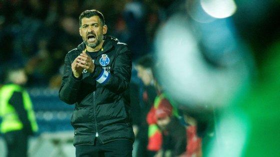 O treinador dos dragões somou a sexta vitória seguida na Liga