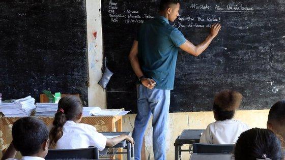 """O estudo, denominado de """"A Economia da Educação em Timor-Leste"""", avalia os progressos no setor nos últimos anos."""