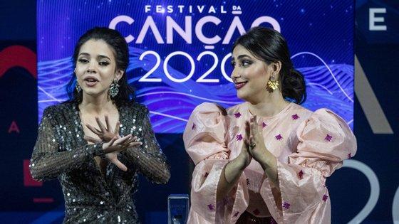 """Marta Carvalho (à esquerda) compôs """"Medo de Sentir"""" e escolheu Elisa (à direita) para cantar o tema, que será cantado em Roterdão daqui a três meses, na Eurovisão 2020"""
