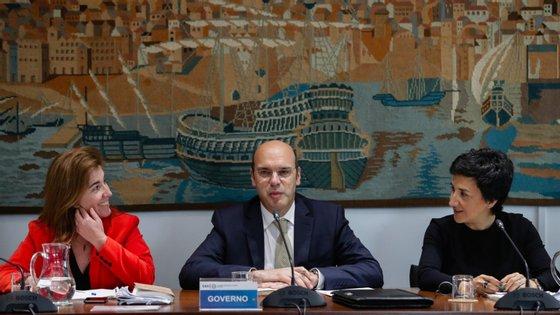 Ministra do Trabalho, ministro da Economia e ministra da Agricultura participaram na reunião desta segunda-feira