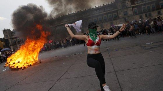 Cerca de 10 mulheres são mortas diariamente no México