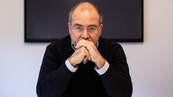 O secretário de Estado do Cinema, Audiovisual e Media, Nuno Artur Silva, terá de explicar no Parlamento a sua relação com as Produções Fictícias