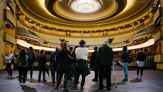 """A sessão extraordinário da Assembleia Municipal do Porto desta segunda-feira tinha como ponto único a """"análise da situação do Coliseu"""""""