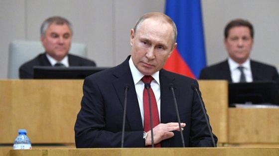 A votação sobre a emenda constitucional que permite a reeleição de Putin em 2024 está prevista para abril