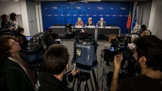 Reunião desta quarta-feira do órgão consultivo do Governo durou seis horas e no fim o controlo da Covid-19 manteve-se em fase de contenção.