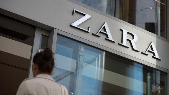 O grupo detentor da Zara fecha todas as lojas em Portugal a partir desta quarta-feira e por tempo indeterminado