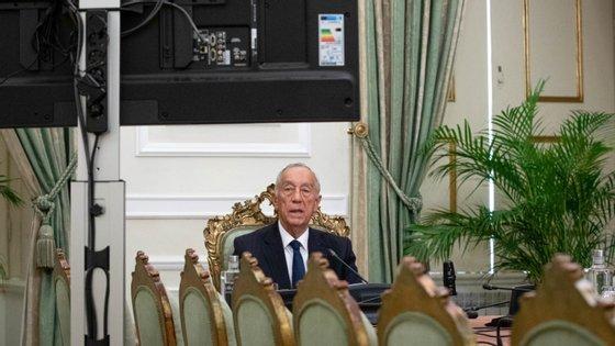 Decreto presidencial dá a possibilidade ao governo de suspender direitos