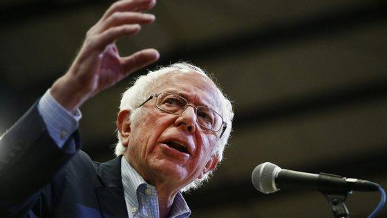 Bernie Sanders tem focado todas as suas intervenções políticas na crise de saúde pública provocada pelo surto de Covid-19