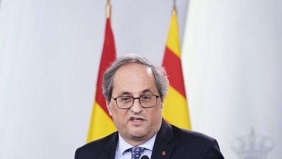 Quim Torra sugeriu à BBC que o governo não decretou a quarentena na Catalunha, apesar de essa ser a regra em toda a Espanha, sob estado de alarme