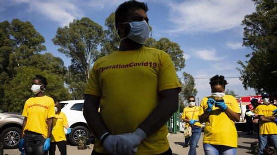 Das nove províncias afetadas, o Western Cape, envolvente à Cidade do Cabo regista 113 casos positivos, seguida do KwaZulu-Natal com 80 casos de infeção