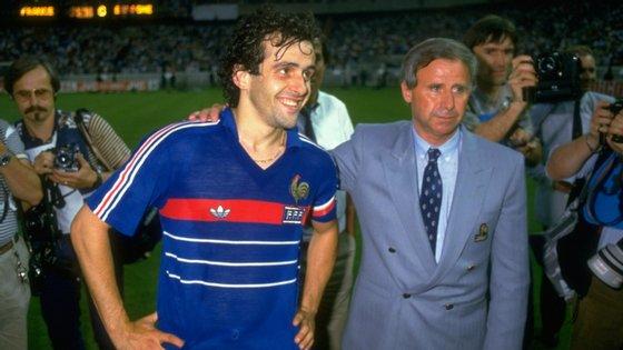 O antigo treinador com Michel Platini, estrela da seleção francesa que conquistou o Euro 84