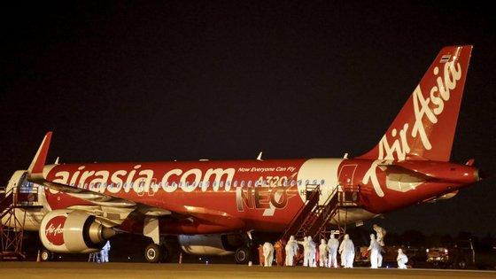 A companhia tem cerca de 20 mil funcionários e uma frota de 243 aviões