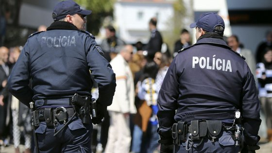 Os patrulhamentos estão montados 24 horas sobre 24 horas em locais aleatórios e que mudam de dia para dia