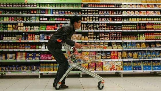 As autoridades chinesas querem que os consumidores voltem às compras