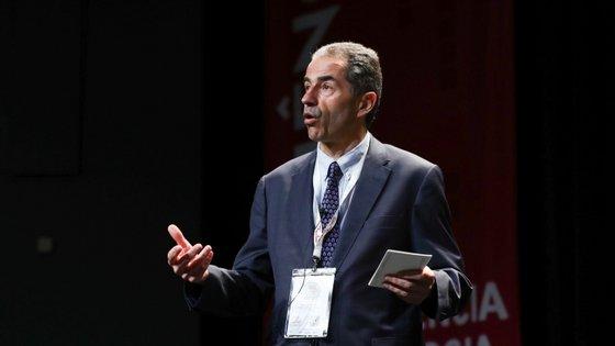 Manuel Heitor falou também da nova linha de financiamento da FCT para investigações relacionadas com a COVID-19