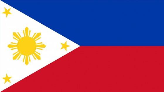 O paciente transportado era um homem canadiano e a sua mulher norte-americana, sendo os restantes filipinos