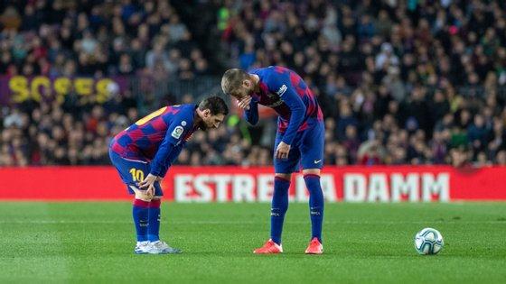 Lionel Messi e Gerard Piqué são dois dos jogadores que fazem parte do núcleo duro do plantel do Barça em guerra fria com Bartomeu
