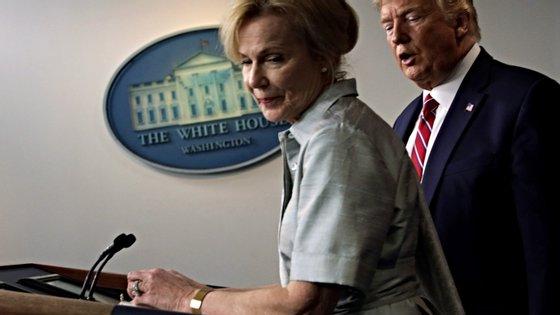 Deborah Birx é a coordenadora da resposta da Casa Branca à pandemia nos Estados Unidos