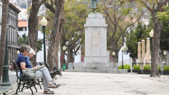 A declaração a pedir a adesão ao RNH aplica-se a todas as pessoas que até ao final de 2019 se tornaram residentes fiscais em Portugal