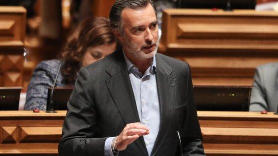 Numa entrevista divulgada no domingo, o ministro de Estado, da Economia e da Transição Digital, Pedro Siza Vieira, disse não saber se haverá condições para aplicar os aumentos salariais de 1% na função pública