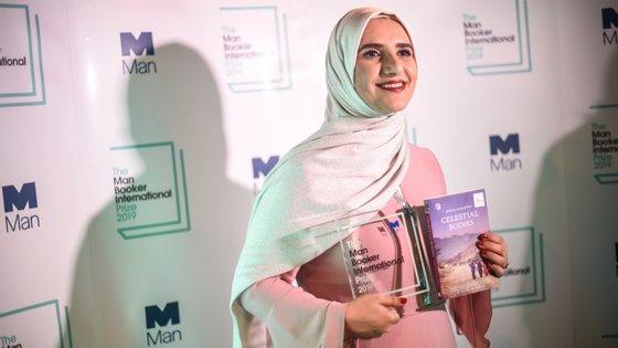A escritora Jokha Alharti venceu o Booker Prizer International em 2019