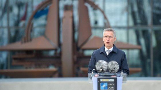 """De acordo com Jens Stoltenberg, o objetivo desta reflexão conjunta é """"reforçar a unidade da Aliança (...) e fortalecer o papel político da NATO"""""""