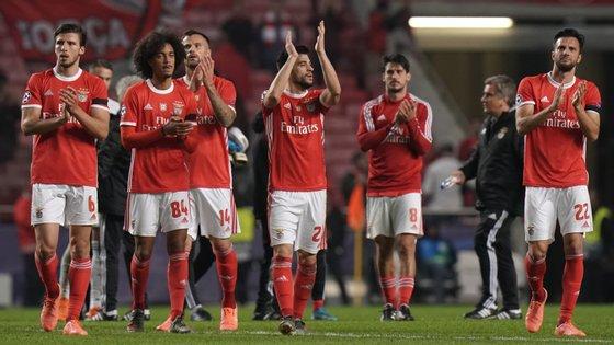Jogadores encarnados juntam-se em nova doação depois da parceria com a Fundação Benfica para ajudar a Comunidade Vida e Paz