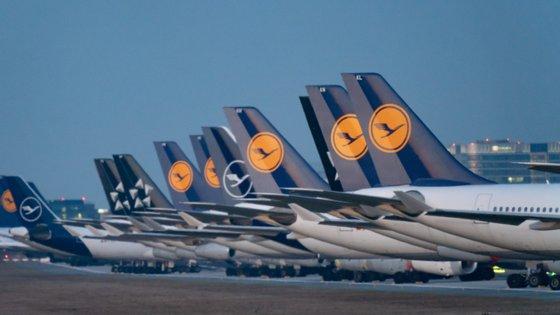 O grupo tem 135.000 funcionários em todo o mundo, mas agora só está a operar 5% dos voos