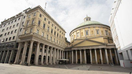 A cidade de Milão é a mais fustigada da Lombardia, a região mais afetada pelo coronavírus em Itália
