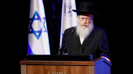 Yaakov Litzman é membro do partido Judaísmo Torá Unida