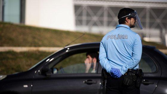Já 108 pessoas foram detidas pelas forças de segurança pelo crime de desobediência