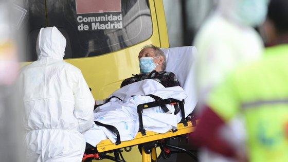 Cerca de 6% dos utentes de lares de Madrid já morreram devido à Covid-19 (Denis Doyle/Getty Images)