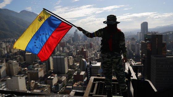 Governo liderado por Maduro recusou o apoio dos EUA e da União Europeia