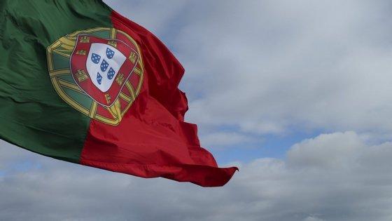 Voo organizado pelo Governo português transporta 207 portugueses, a maioria professores em Timor-Leste
