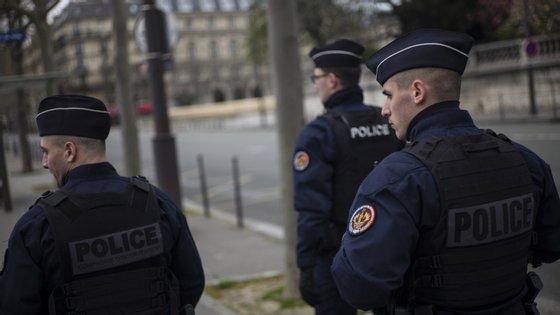 Ataque verificou-se em Romans-sur-Isère, no sudeste de França